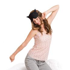 【德國萊思綺Leschi】舒緩疲勞熱敷/冷敷眼罩- 貓女造型 (黑色)